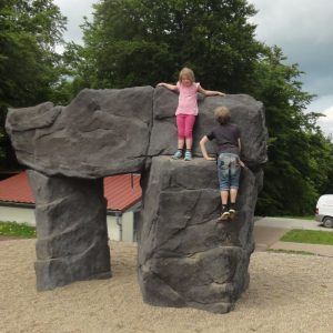 Wuerzburgerhaus.de - Boulder Felsen Karl Der Große